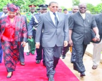 • President Kikwete (second from left) with first lady Salma, Zambia's Justice Minister Ngosa Simbyakula (third) and Lusaka Province Minister Obvious Mwaliteta after laying wreaths at Embassy Park in Lusaka on Wednesday.