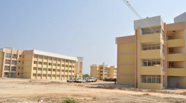 . Robert Makasa University