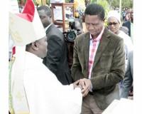 • PRESIDENT Edgar Lungu congratulates Bishop Justin Mulenga in Mpika yesterday. Picture by ROYD SIBAJENE/ZANIS