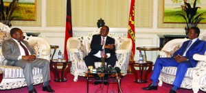 • MALAWIAN President Peter Mutharika (centre) gestures as President Edgar Lungu (right) and Filipe Nyusi, President of Mozambique look on. This was when the three leaders met at Kamuzu Palace for private talks in Lilongwe yesterday. Picture by EDDIE MWANALEZA/STATE HOUSE