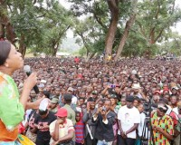 • MMD Kasenengwa Member of Parliament (MP) Victoria Kalima addresses a public rally at Mpezeni Park in Chipata, where President Edgar Lungu had travelled at the weekend for various programmes as well as to address a public meeting.  Ms Kalima is among other opposition MPs that have endorsed Mr Lungu's candidature for the August 11 general elections.