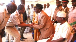 • PRESIDENT Edgar Lungu shakes hands with Chief Chama of the Chishinga people in Kawambwa District of Luapula Province shortly after  commissioning the Kawambwa-Mporokoso Road, which will be tarred at a cost of US$142.2 million. Picture By ALEX MUKUKA/ZANIS